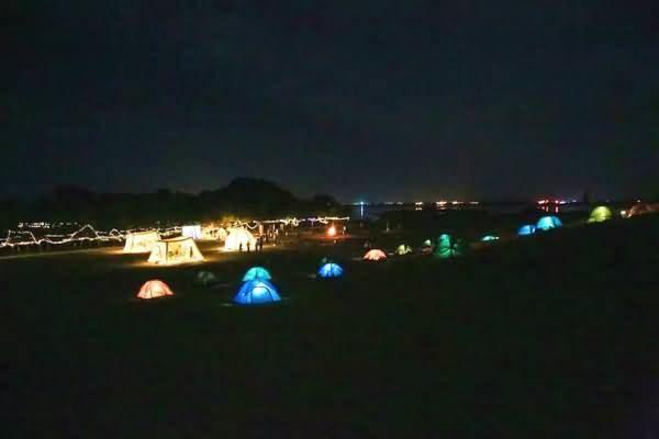 宁夏沙湖景区360度全景星空帐篷(星空酒店)
