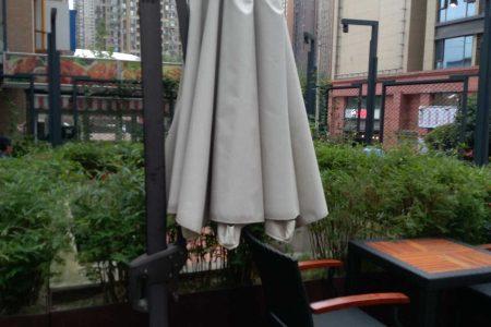 四川成都帐篷案例 绿地468商业外摆休闲伞