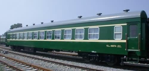 出售销售火车头,火车车厢,废旧绿皮客车车厢,二手火车厢报价