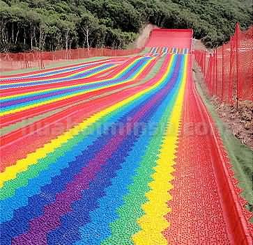 惊险刺激的彩虹滑道,一起看看都有那些部分制作而成