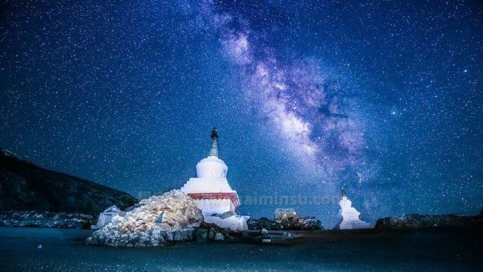 西藏巴松措星空房泡泡屋,温柔静谧宛如碧玉